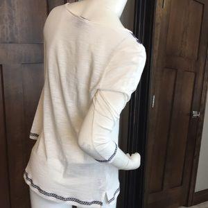 Tommy Bahama/ 3/4 length sleeves